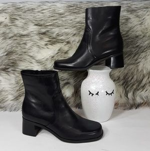 Naturalizer Leather Boots Black Size 6 M